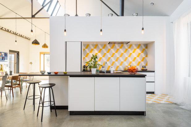 Contemporary Kitchen by Aurélien Vivier