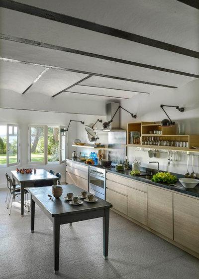 コンテンポラリー キッチン by Dorner Design
