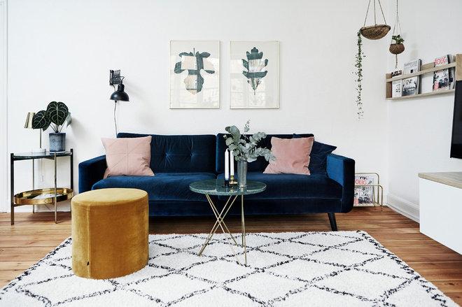 Skandinavisch Wohnbereich by Mia Mortensen Photography