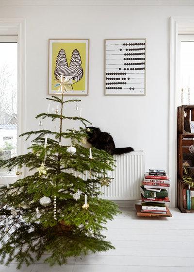 Scandinavian Living Room by Mia Mortensen Photography