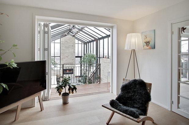 Scandinavian Living Room by Rasmus Jensen ARKITEKT MAA
