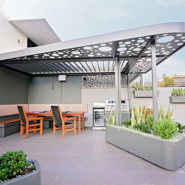2018 Gold Award & Best in Category - Rooftop Design, Outhouse Design