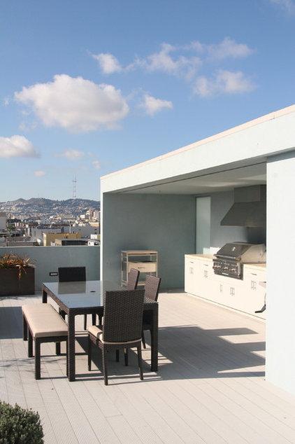 Modern Patio by Todd Davis Architecture