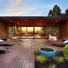 Midcentury Deck by NurtureSource Designs