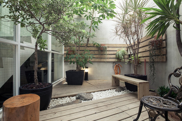 Asian Terrace by Oliver Interior Design
