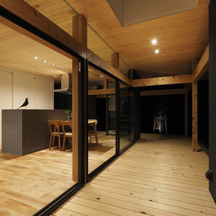 Inspiration for a medium sized scandi side terrace and balcony in Nagoya with a roof extension.