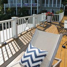 Beach Style Deck by Lauren Mikus