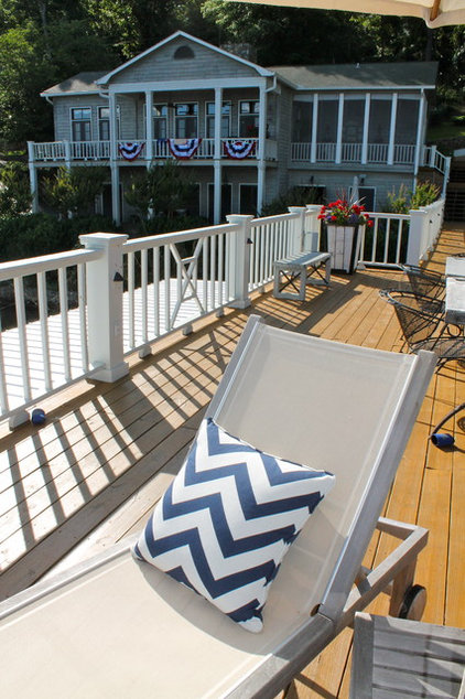 Beach Style Deck by Lauren Mikus