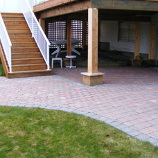 Traditional Deck by Ridgewood Renovations