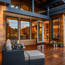 Contemporary Deck by Christopher Developments