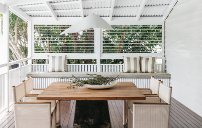 From Layout to Lighting: Outdoor Entertaining Tips From the Pros