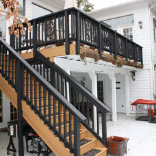Transitional Deck by Xtreme Painting & Remodeling, LLC