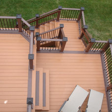 Traditional Deck by Craftsman's Choice Inc.