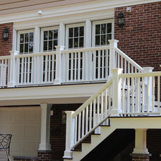 Traditional Deck by MCW Carpentry LLC