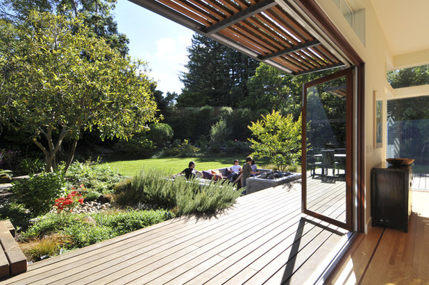 Contemporary Deck by Ana Williamson Architect