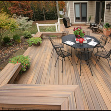 Modern Deck by Fine Decks Inc