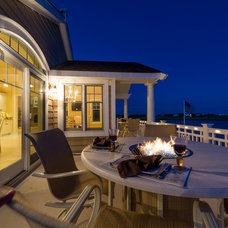 Beach Style Deck by Tokarski Millemann Architects, LLC