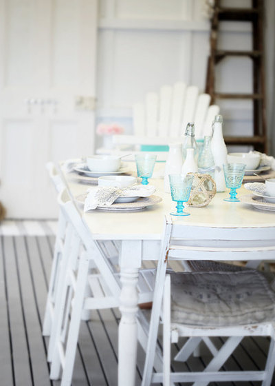 Shabby-chic Style Deck by A Beach Cottage