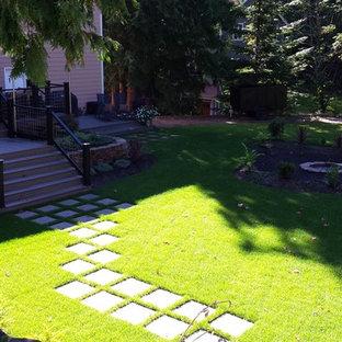 Foto di una terrazza chic di medie dimensioni con nessuna copertura