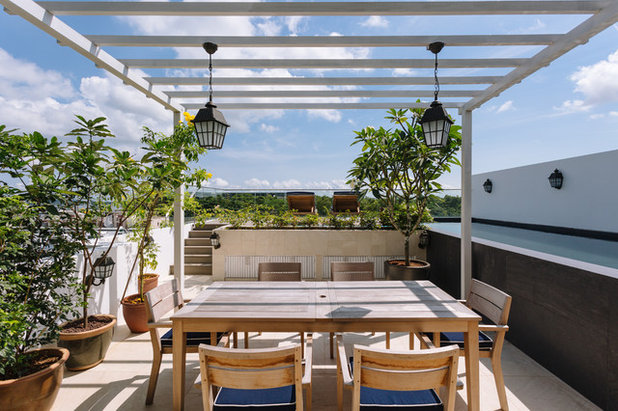 Asian Deck by Schemacraft Interiors Pte Ltd