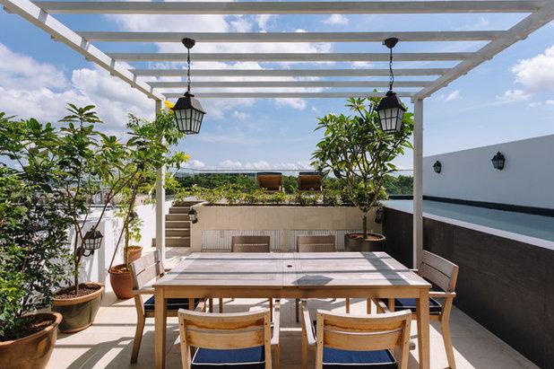 Asian Terrace by Schemacraft Interiors Pte Ltd