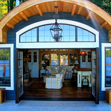 Beach Style Deck by Kris Brigden Design Co., North Muskoka House Ltd.