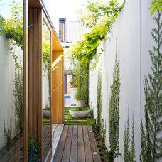 Modern Deck by Fearns Studio