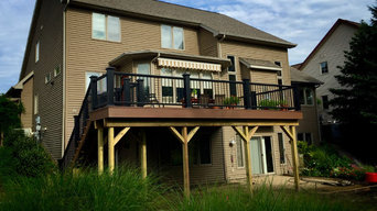 Brazilian Walnut Azek Deck with Premier Black Rail/Aluminum Spindles
