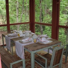 Traditional Deck by Pine Mountain Builders, LLC