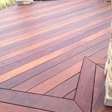 Deck by MHS-Works,Inc.