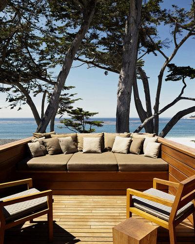 Modern Deck by Dirk Denison Architects
