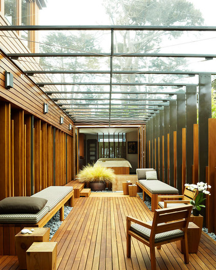 modern porch by Dirk Denison Architects
