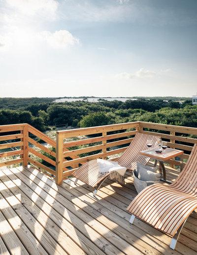 Modern Deck by Amy Hilliker Certified Designer-The Design Project