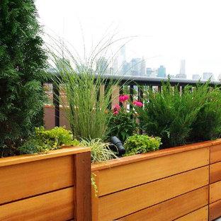 Carroll Gardens, Brooklyn Rooftop Garden Design with Custom Planters