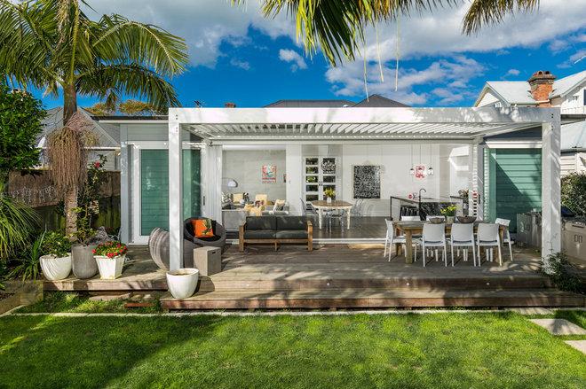 Beach Style Deck by Designworx New Zealand