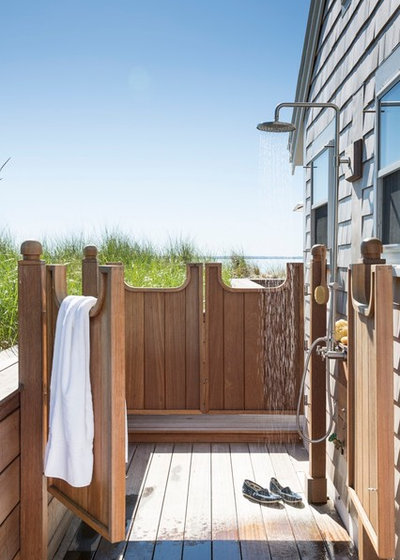 Beach Style Deck by Shor Home