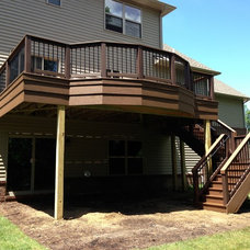 Traditional Deck by Autumnwood Construction Inc.