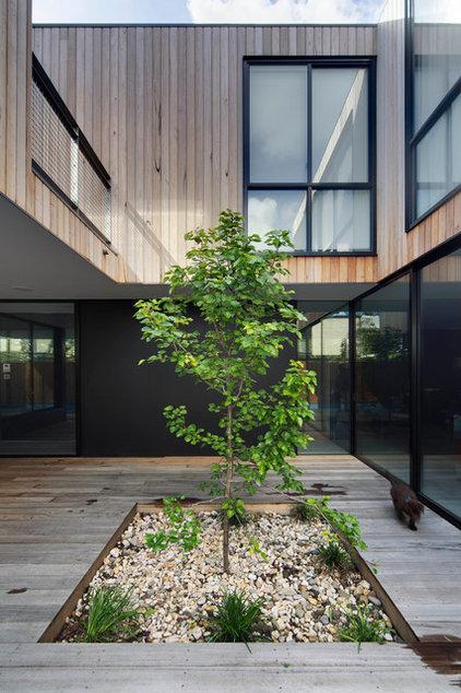 Modern Landscape by adspice