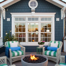 Beach Style Deck by Flagg Coastal Homes