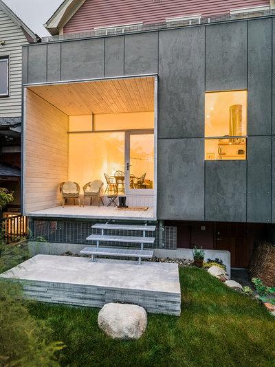 Contemporary Deck by Campos Leckie Studio