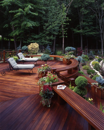 Traditional Deck by Decks by Kiefer LLC