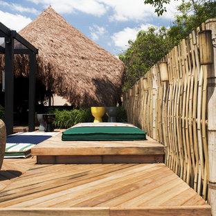 Ispirazione per una terrazza tropicale