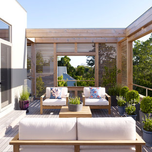 Photo of a mid-sized contemporary deck in New York with no cover.