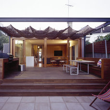Contemporary Exterior by Sam Crawford Architects
