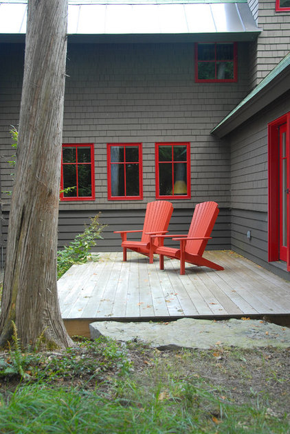 Rustic Deck by Distinctive Landscaping