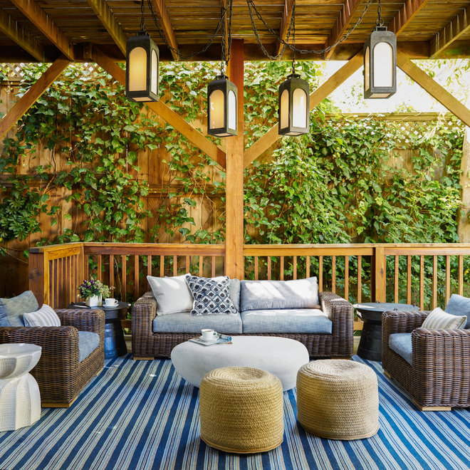 Transitional Deck by Studio Munroe