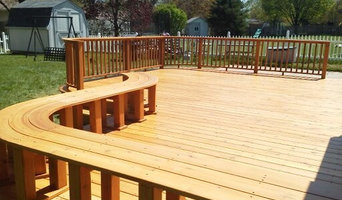Custom curved wood deck and bench