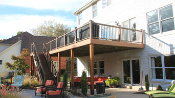 Custom Deck, Outdoor Kitchen & Pergola