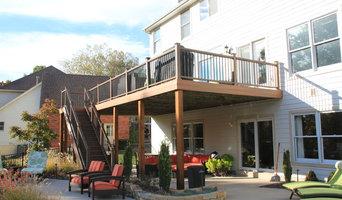 Custom Deck, Outdoor Kitchen & Pergola