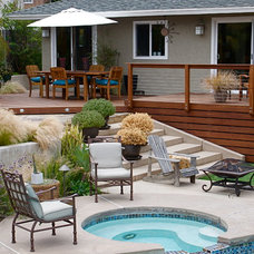 Contemporary Deck by SD Independent Construction